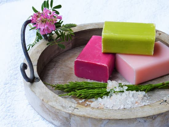 Zero Waste Skin Care Routine: A Simple  Tips